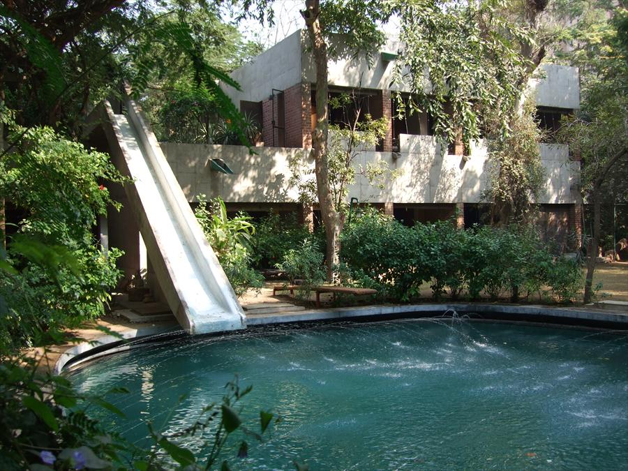Villa de Madame Manorama Sarabhai, Ahmedabad, India, 1951