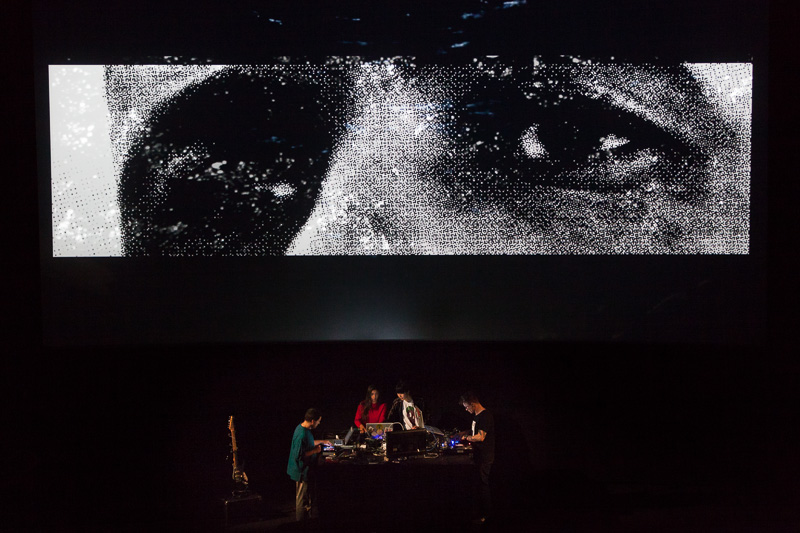 €urovisions  live cinema performance. Photo ©Xander Remkes
