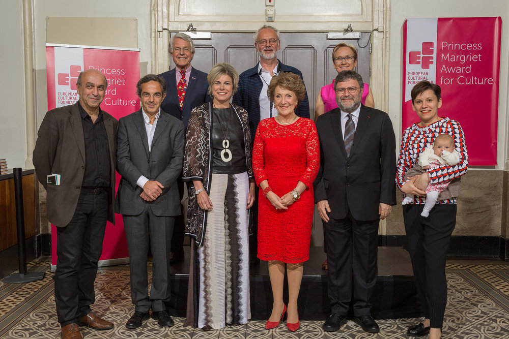 The laureates welcomed by TRH Princess Margriet and Princess Laurentien of the Netherlands, and ECF Director Katherine Watson. (Back, left to right): Rien van Gendt (Deputy Chair ECF Board), Luc Mishalle, Katherine Watson (Director ECF) (front, left to right): Timour Muhidine, Navid Kermani, HRH Princess Laurentien, HRH Princess Margriet, Görgün Taner (Chair ECF Board), Marina Naprushkina. Photo: Xander Remkes