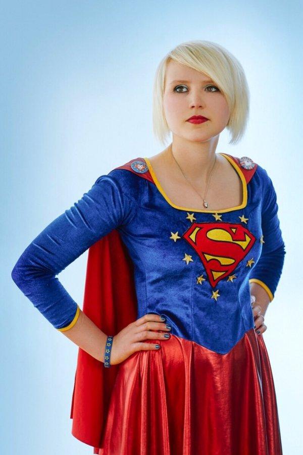 #EUsupergirl - photo courtesy of Madeleina Kay, from www.madeleinakay.com
