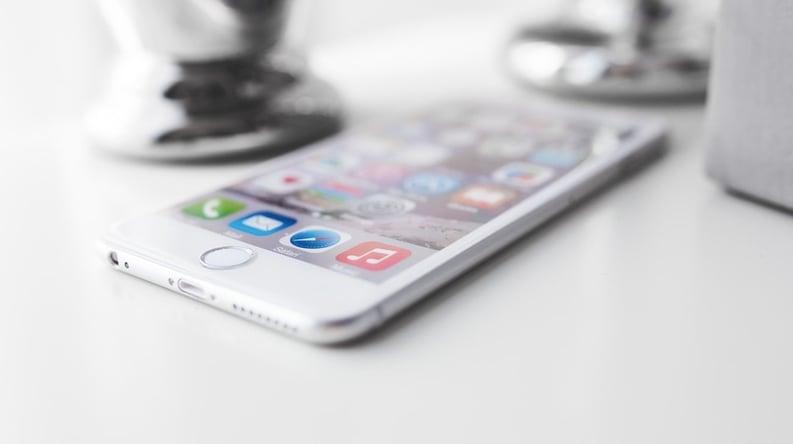 iphone1.jpeg
