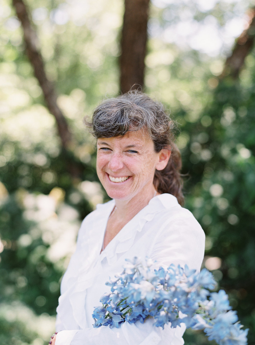 Want to know a little more About kathleen? - Meet Kathleen Murphy, proprietor of Primrose Hill Flower Company. Kathleen has been a professional gardener for over 30 years and has operated a garden nursery specializing in heirloom annuals and perennials since 1994. Kathleen is truly an expert in her field and we are so pleased to welcome her at Team Flower.
