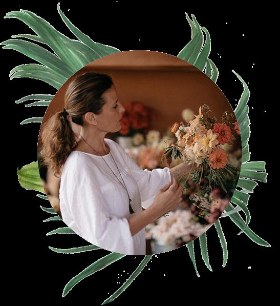 Gabriella - La Musa De Las FloresGabriella of La Musa De Las Flores is sharing her story and design philosophies while demonstrating one of her signature designs.