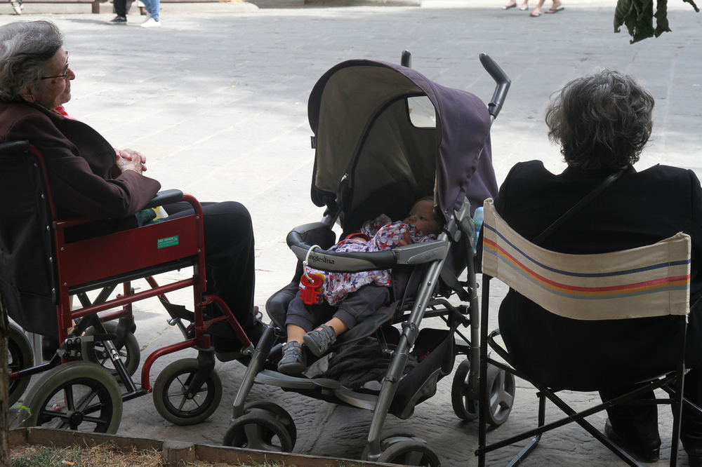 Piazza San Spirito, Florence,Grannies
