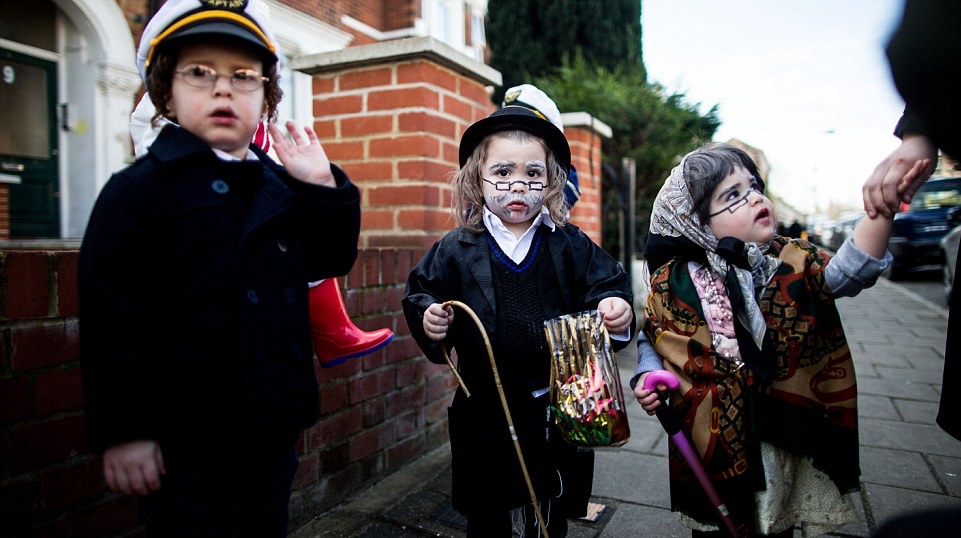 Full PJC Purim Schedule - Including Megillah readings, Matanat L'Evyonim and Shaffer Purim open house