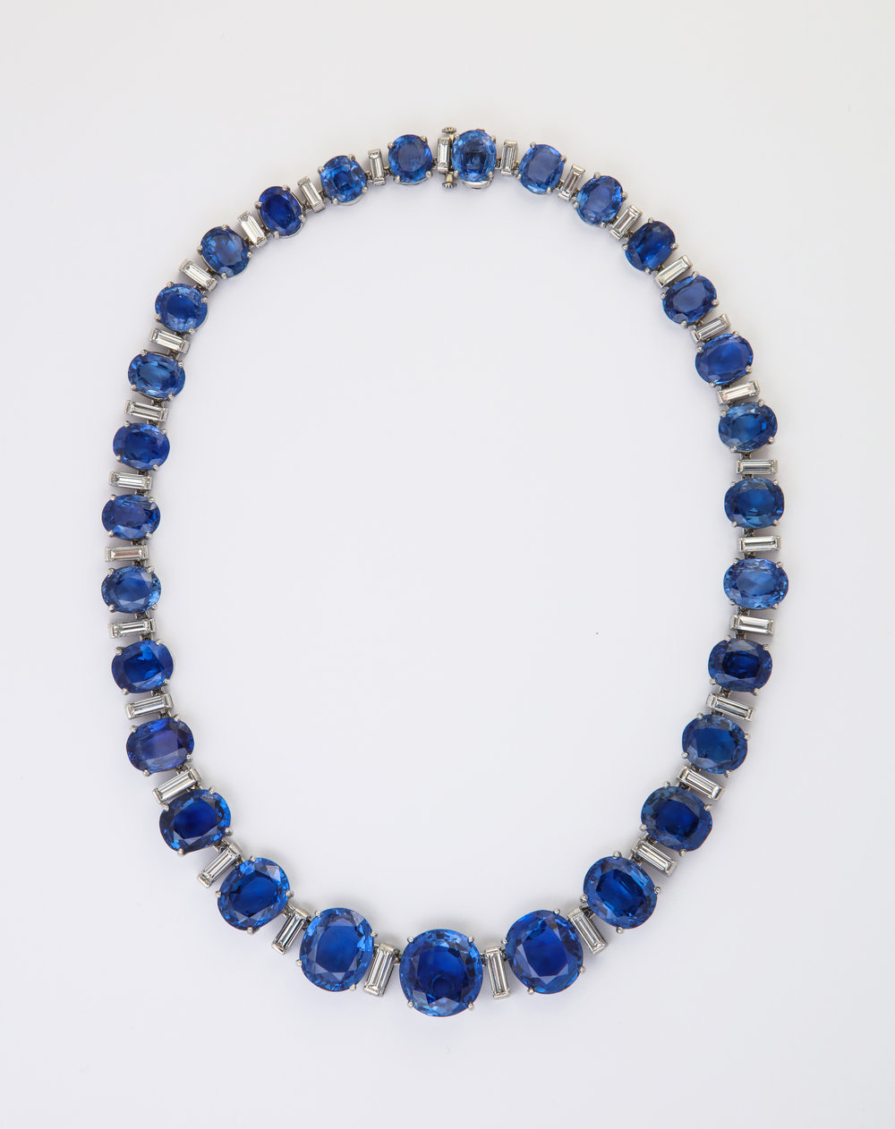 Oscar Heyman and Bros. - All natural ceylon sapphires with certificates