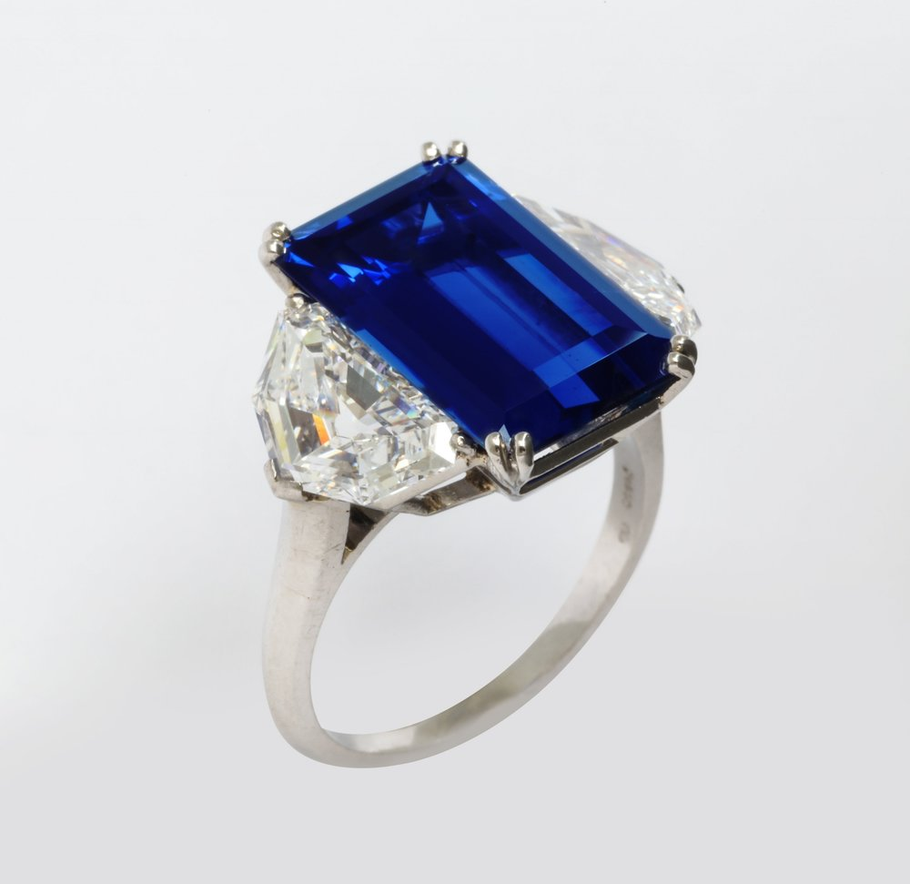 Finest Natural Color Ceylon Sapphire 10.36cts