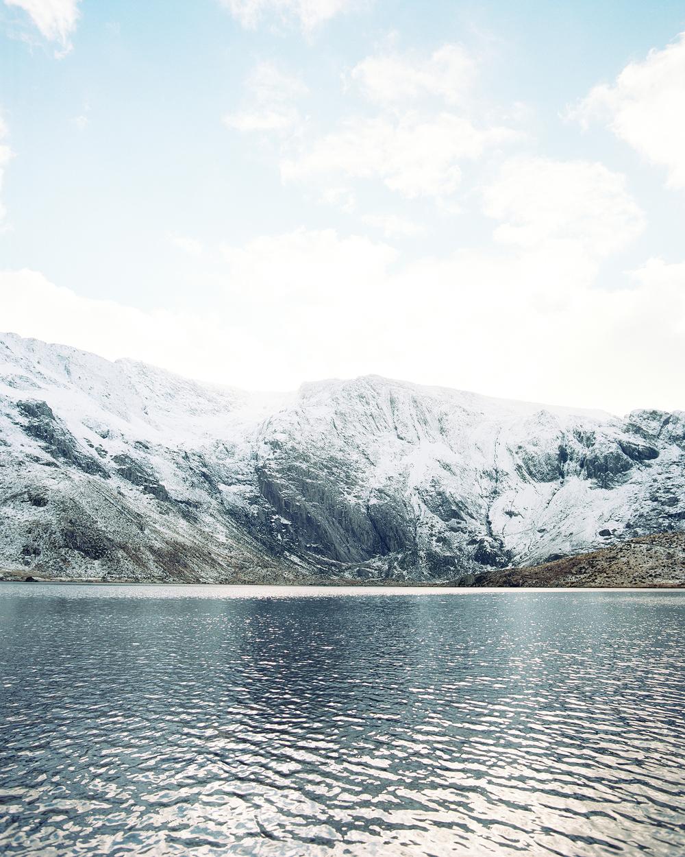 Cwm Idwal in Snowdonia. Mamiya RZ67 Pro ii / 50mm f4.5 / Kodak Portra 400