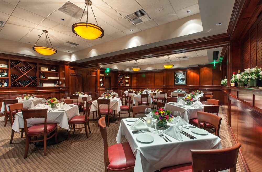 Fleming 39 s prime steakhouse wine bar restaurant row for Best private dining rooms orlando