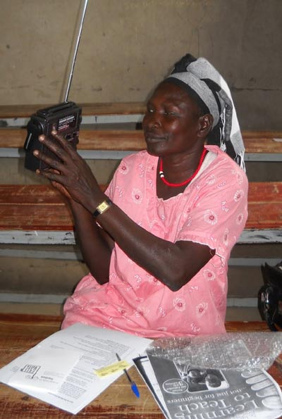 Teachers use ETOW radios in rural, remote South Sudan. (Photo: Project Education South Sudan)