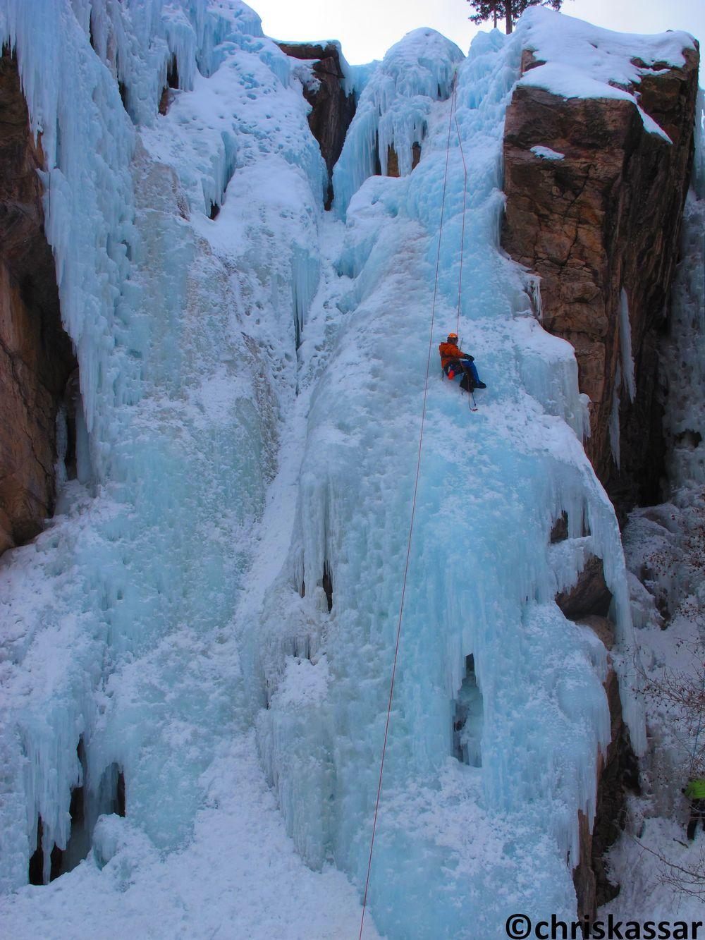 Kassar_Sean_Oneill_climbing.jpg