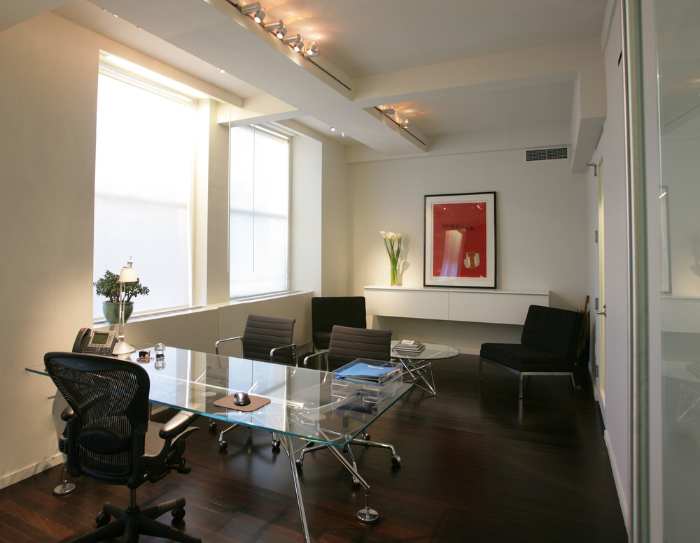 Elie Tahari - Executive Office 2.jpg