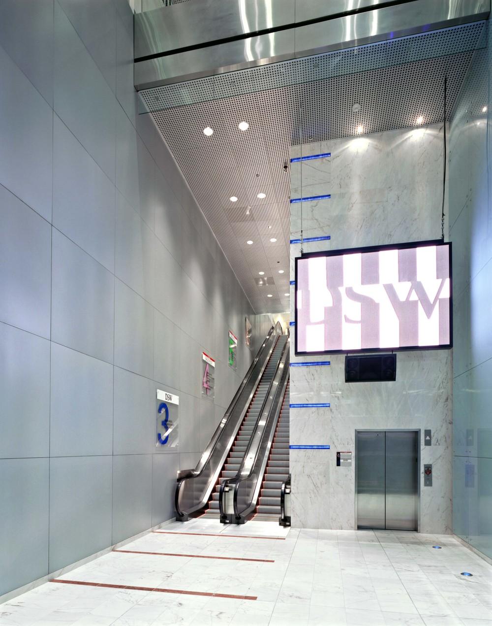 DSW Filenes Basement Union Square - Escalator 1.jpg