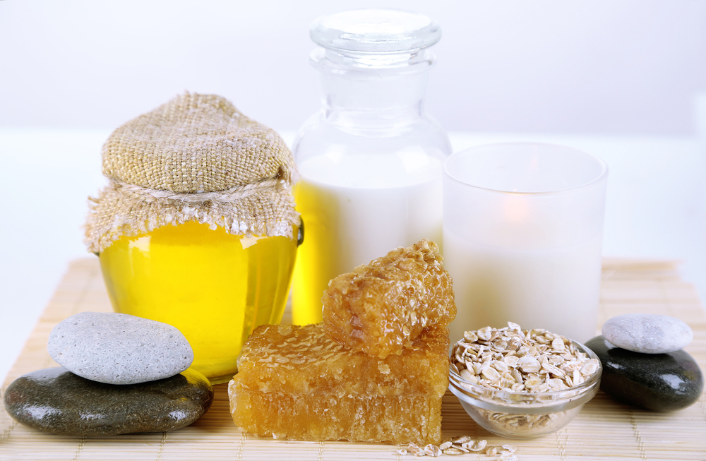 bigstock-Honey-and-milk-spa-with-oils-a-55901303.jpg