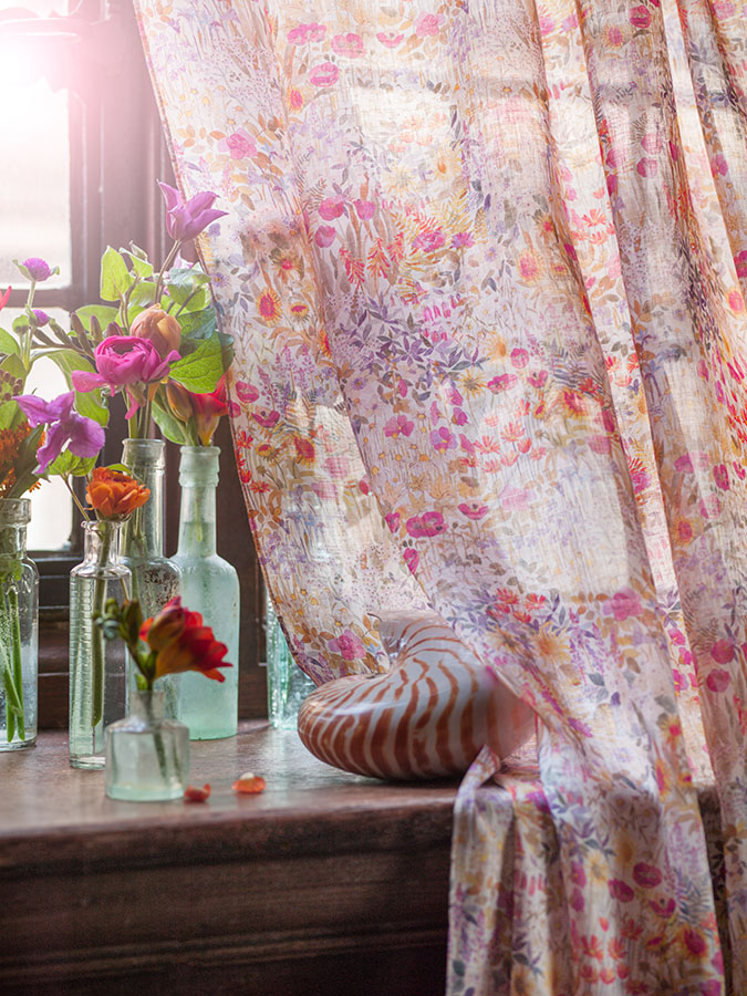 Drape detail - Floral Clay in Sunrise 06705101A.jpg