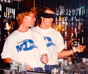 michael-olesen-scott-young-performs-flair-bartender-demonstration-while-blindfolded-in-toronto.jpeg