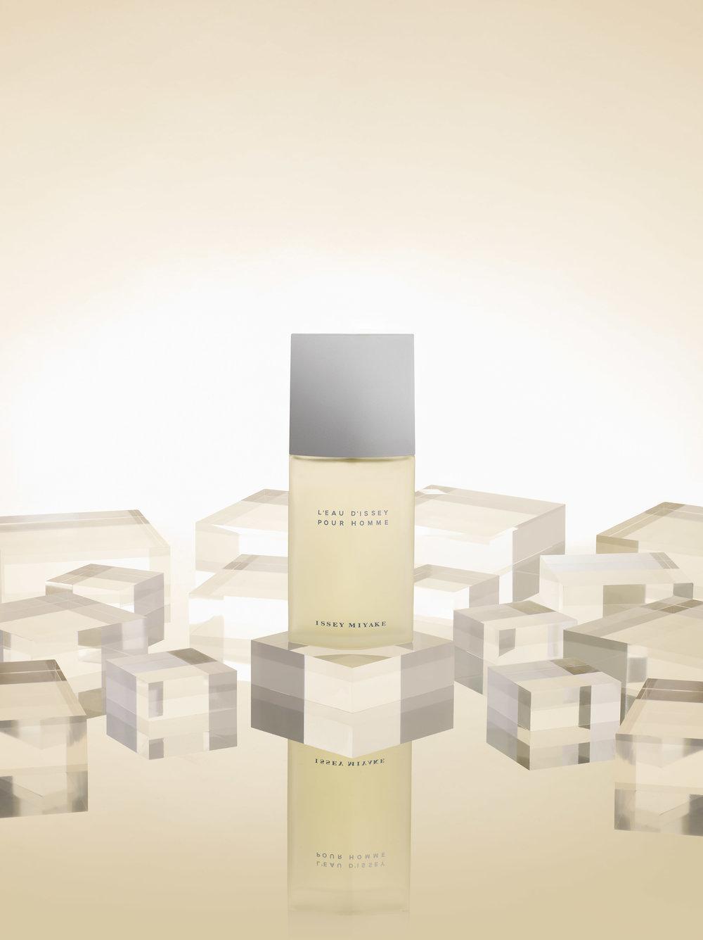 Web-perfume.jpg