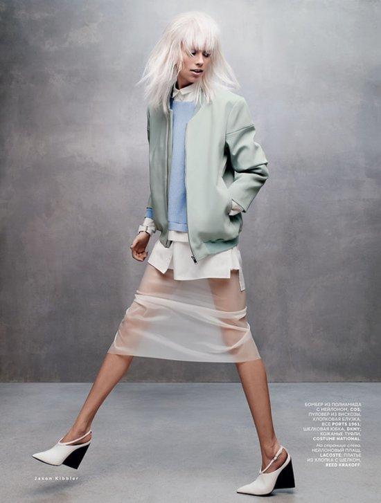 cde9d47d8e18032c_Lexi_Boling_by_Jason_Kibbler_Treadmill_Running_-_Vogue_Russia_March_2014_4.jpg.preview_tall.jpg