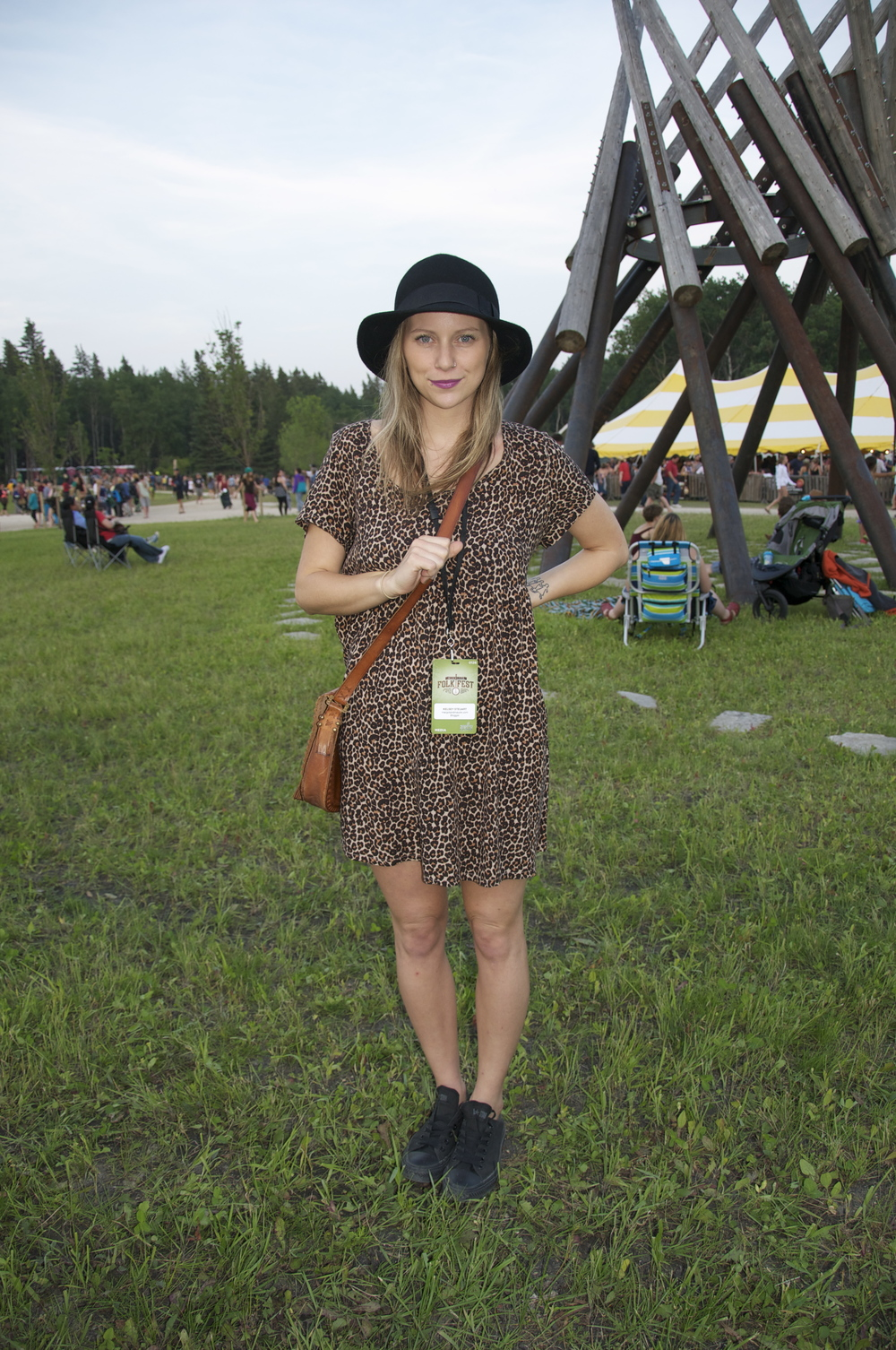 And here's what we wore (just in case you're curious): Kels in a leopard print baby doll dress + black converse + hat.
