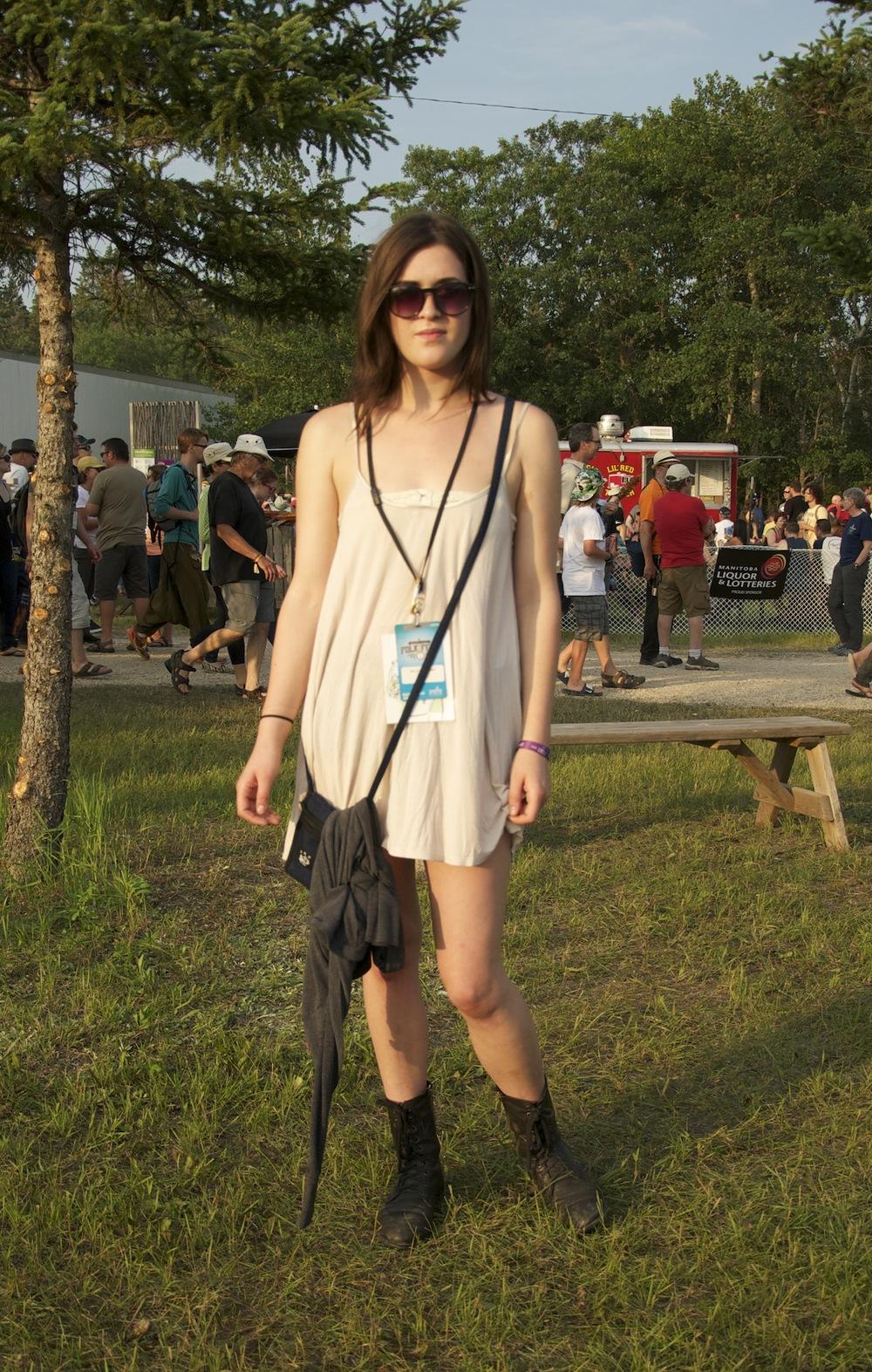 LWD + army boots = festival ready.