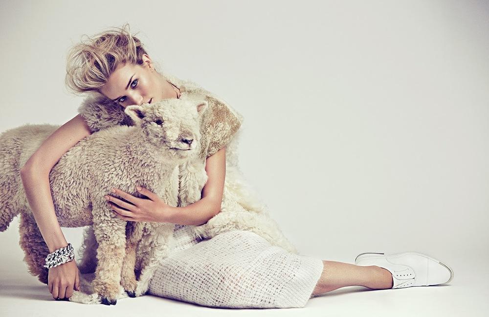 rosie huntington-whiteley vogue mexico november 2014
