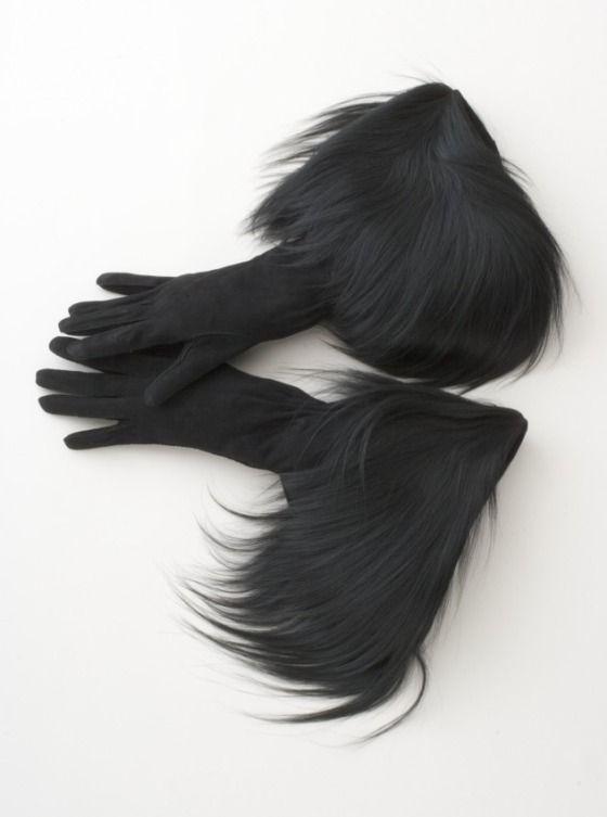 gloves 1938 elsa.jpg