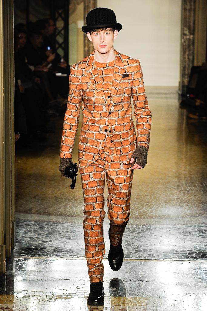 Moschino Fall 2012 Menswear