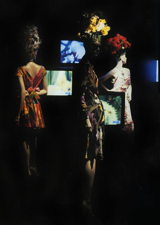 moschino window display 1995