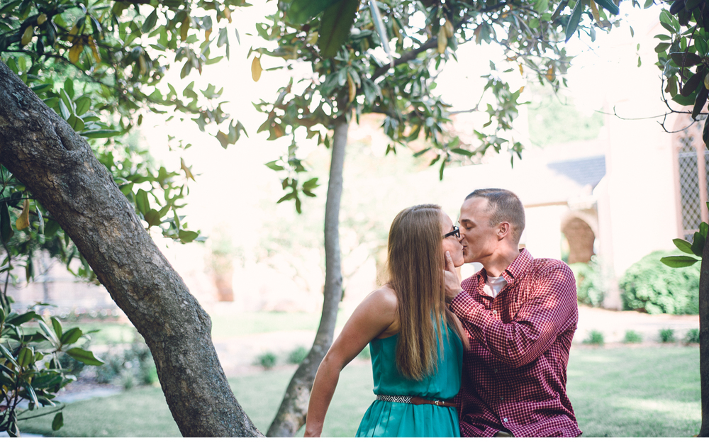 Kissing on the branch