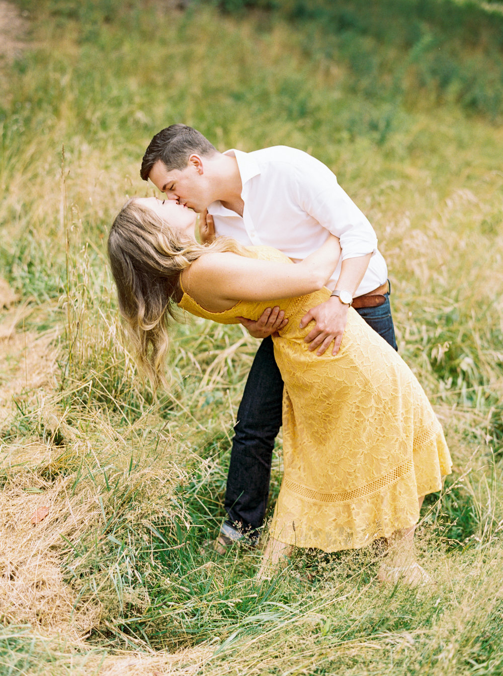 Biltmore-Estate-Engagment-Session-in-Asheville-NC-17.jpg