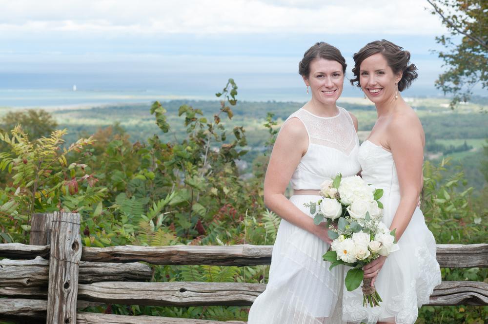 blue-mountain-wedding-portrait