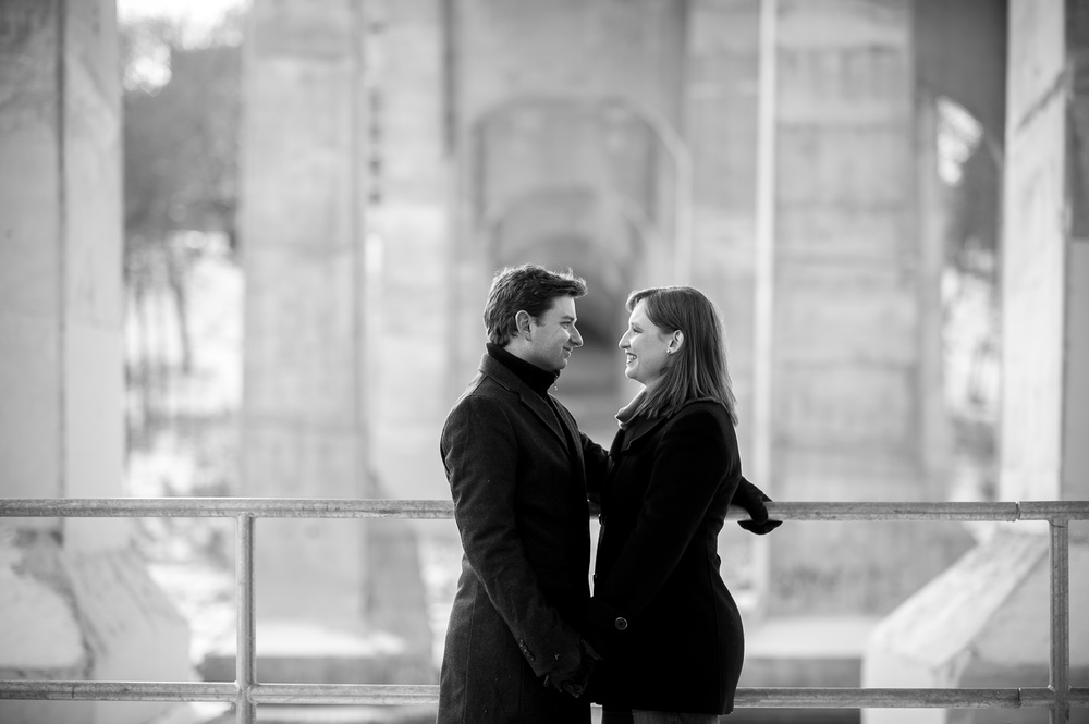 toronto-winter-engagement-photograph-003.jpg