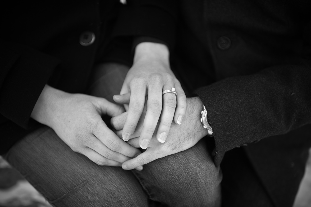 toronto-winter-engagement-photograph-006.jpg