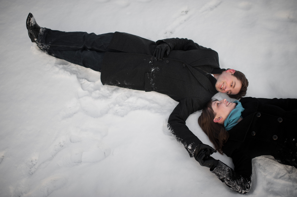 toronto-winter-engagement-photograph-007.jpg