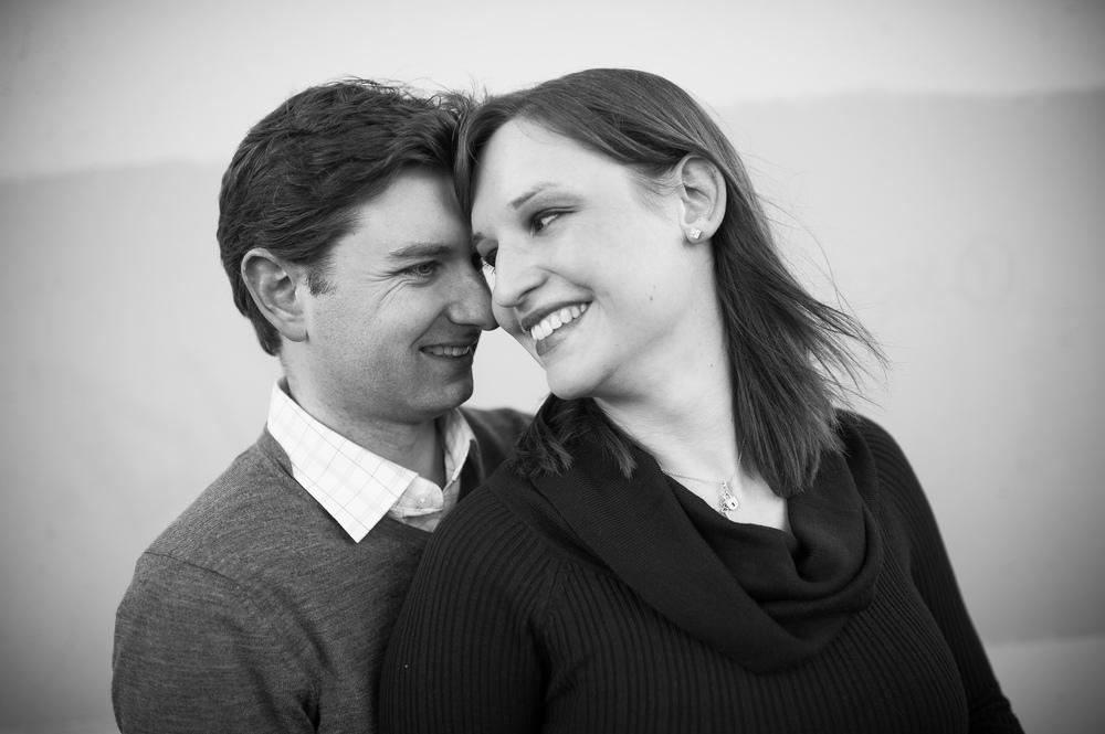 toronto-winter-engagement-photograph-009.jpg
