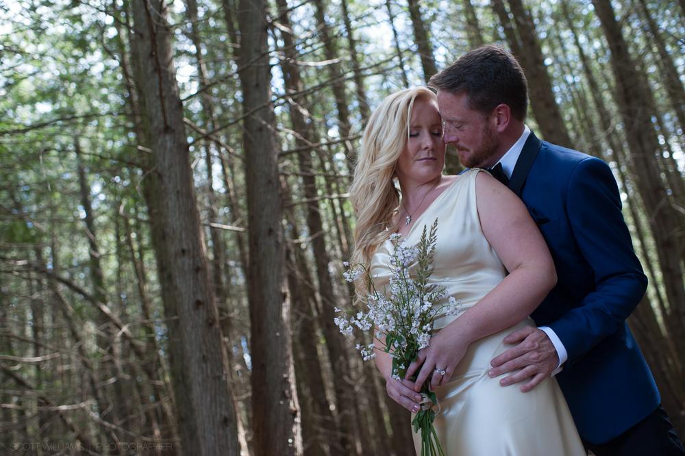 ontario-country-farm-wedding-rustic-005.jpg