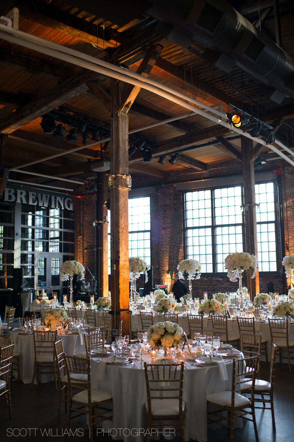 steamwhistle-brewery-wedding-toronto-008.jpg