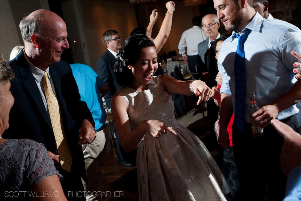 ancaster-mill-wedding-photograph-012.jpg