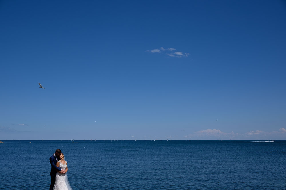 ontario-lakefront-wedding-portrait
