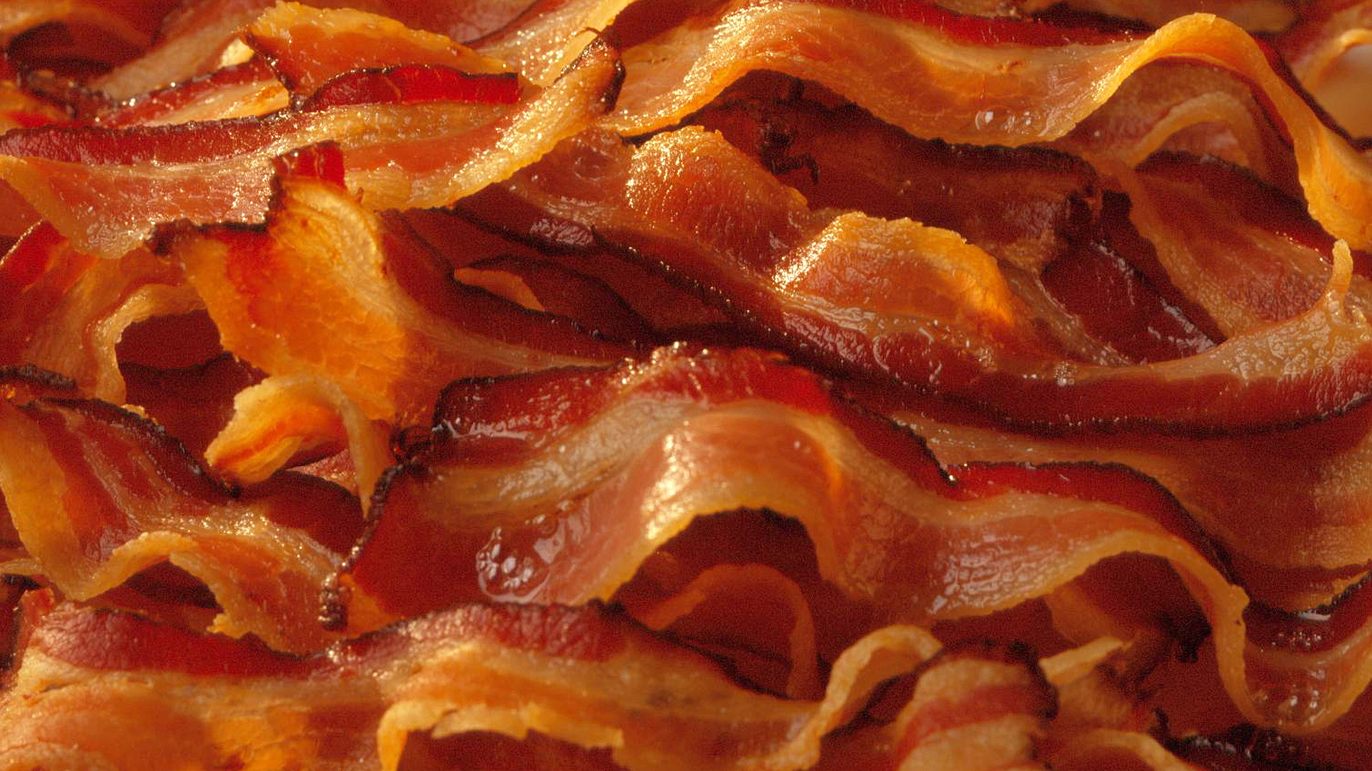 Bacon is about the only thing I know how to make in the kitchen.