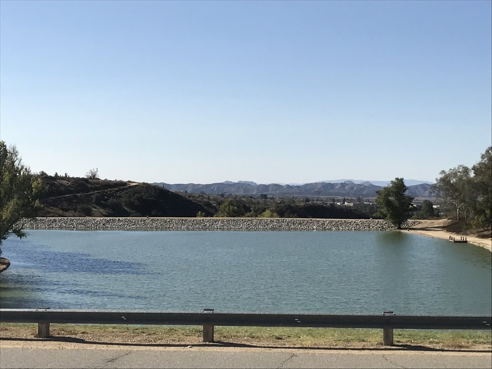 A picture from one of my walks in SoCal during my November visit. Beautiful day at a beautiful park in Yucaipa.