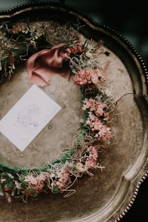NiravPhotography-Joflowers_flowergirlcrown.jpg