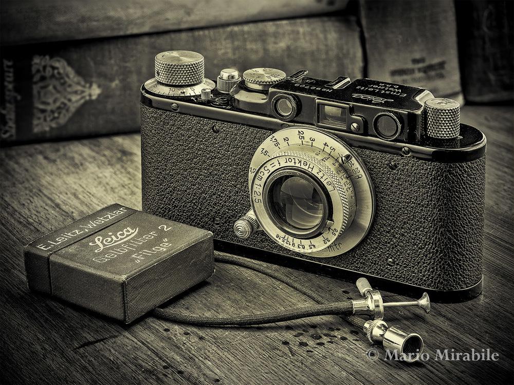 Leica4-2-1 Mono.jpg