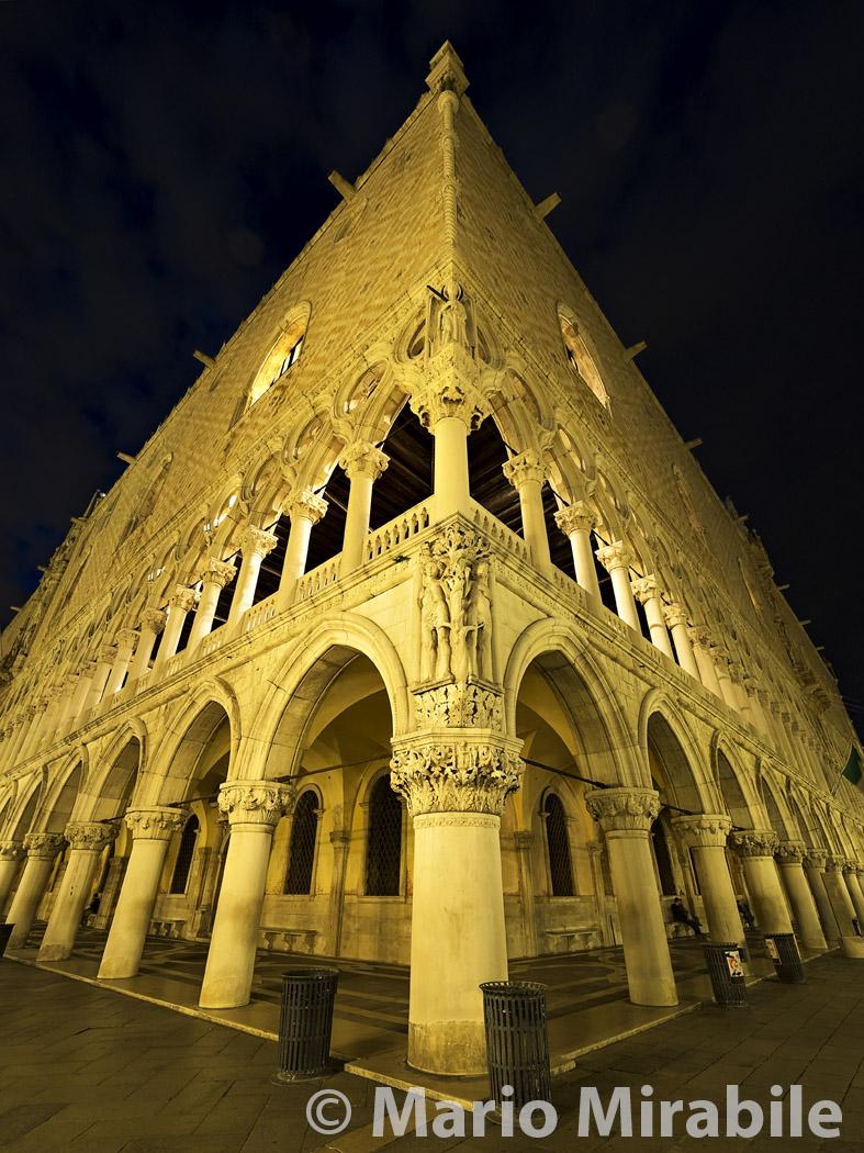 20160512 Venice & Murano (215) copy.jpg