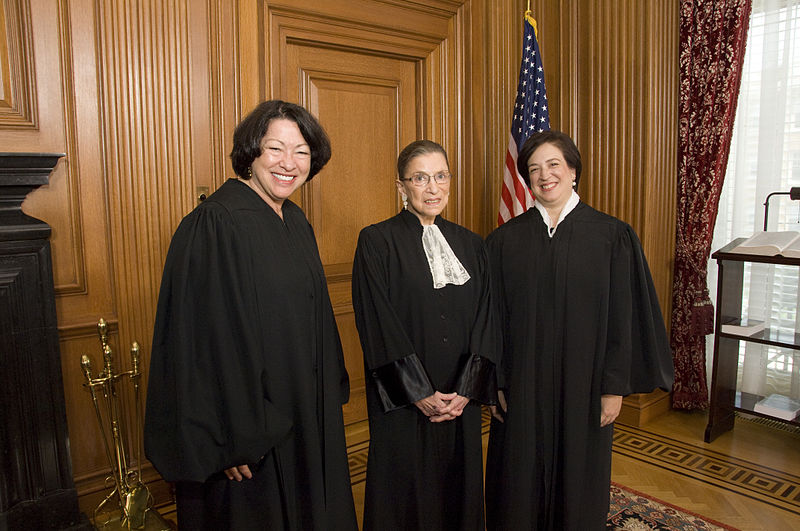 800px-Sotomayor,_Ginsburg,_and_Kagan_10-1-2010.jpg