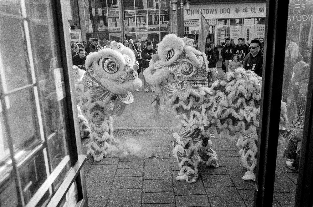 Weddings Family Chinatown Jonathan Desmond-39.jpg