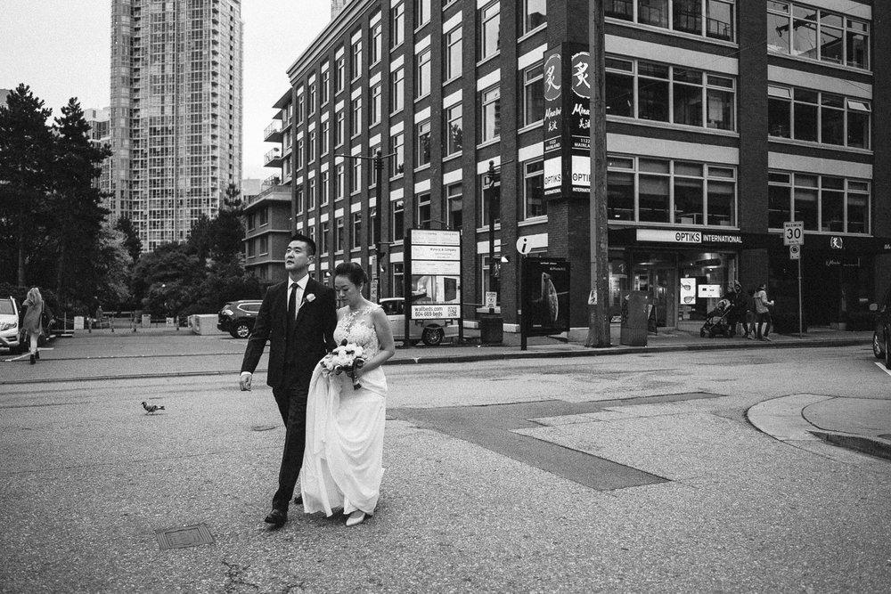 Weddings Family Chinatown Jonathan Desmond-96.jpg