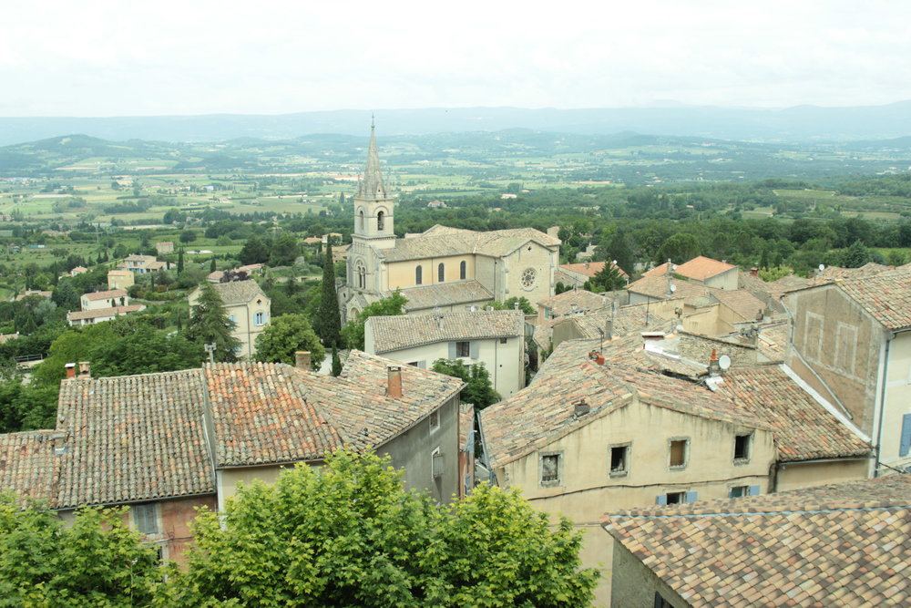 Overlooking the Luberon from Bonnieux's highest peak.