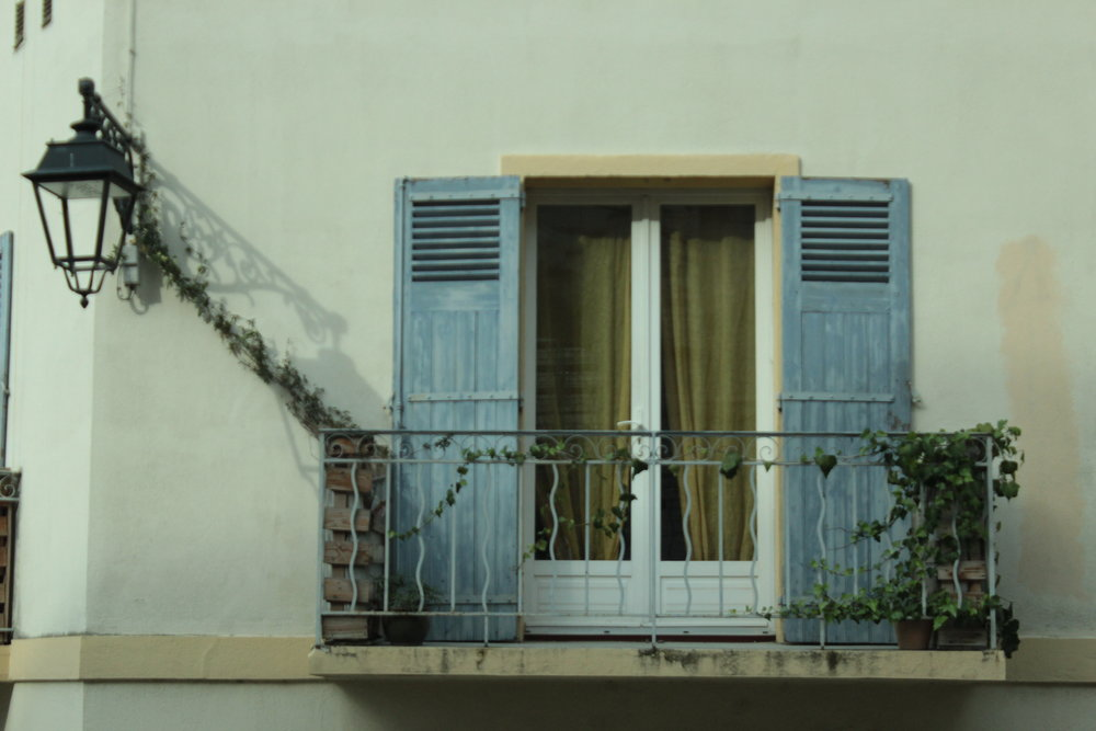 A balcony in Arles.