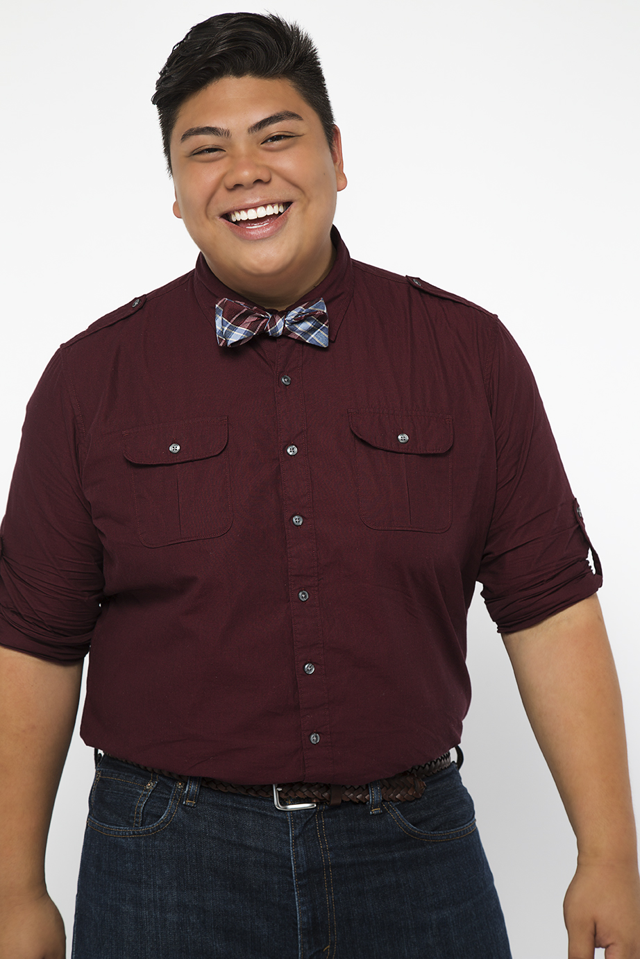 Name: Joe Caigoy Birthdate: April 1989 Favorite Food: Lumpia & Pancit Bihon Parents Originally From: Iloilo & Manila Joe Caigoy is the big cuddly bear of the group! He is nicknamed that because his voice has so much power that can only be matched by his cute and colorful personality, not to mention his adorable smile. Not many people know that he was a part of the 2009 ICCA championship team, Mt. Sac's Fermata Nowhere, alongside with Sing Off champion Avi Kaplan. Joe was recently studying Music Education at Michigan State University prior to competing on The #Singoff.